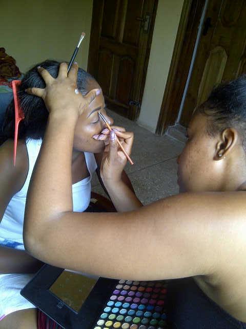 Bridal Makeup. No be small tinz o. Plenty plenty colors.