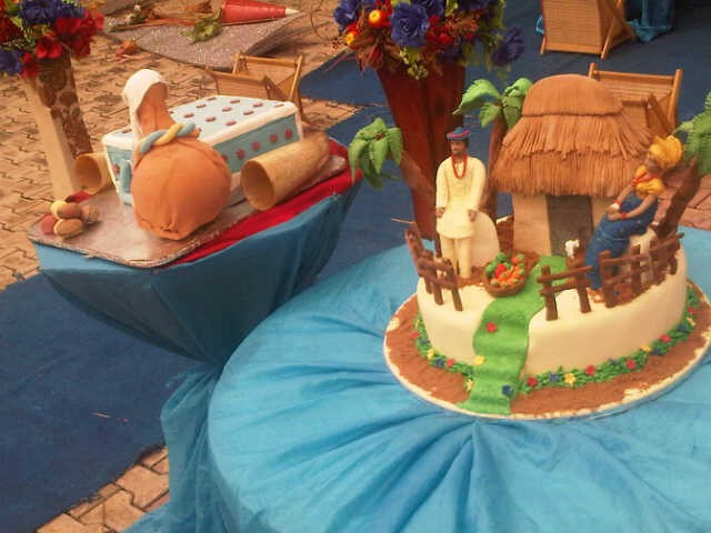 The Lovely Cake - Courtesy: Rikies Cake Studio